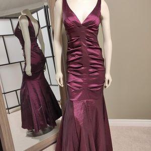 Melanie Lynn formal dress